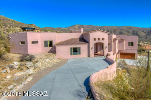 5250 N Winnetka Court, Tucson, AZ 85749