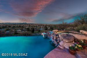 740 W Bangalor Drive, Tucson, AZ 85737