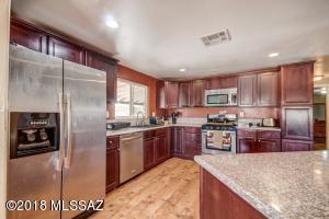 17075 S Country Club Road, Sahuarita, AZ 85629