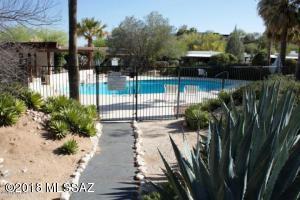 4843 N Vía Entrada, Tucson, AZ 85718