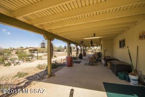5920 N Placita Chico N, Tucson, AZ 85704