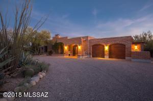 5430 N Soledad Segunda, Tucson, AZ 85718