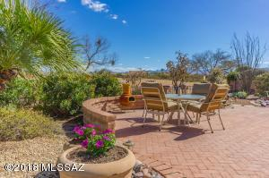 1560 N Sage Sparrow Road, Green Valley, AZ 85614