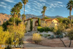 FRONT ENTRY WITH CATALINA FOOTHILL MOUNTAINS AS BACKDROP