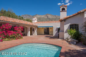 6500 N Miramist Way, Tucson, AZ 85750