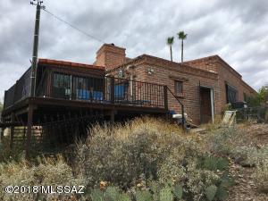 6240 N Camino De Santa Valera, Tucson, AZ 85718