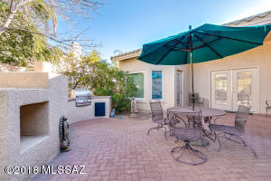 11109 N Mountain Breeze Drive, Tucson, AZ 85737