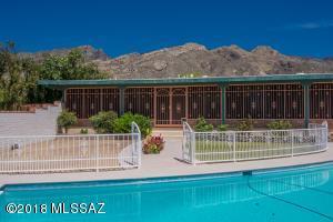 6434 N Pontatoc Road, Tucson, AZ 85718