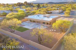 8200 E Calle Potrero, Tucson, AZ 85750