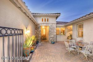 1154 N Laurel Glen Drive, Green Valley, AZ 85614