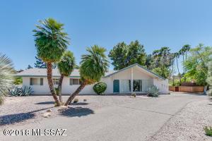 835 W Landoran Lane, Tucson, AZ 85737
