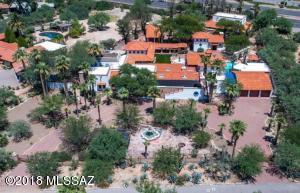 6660 N Casas Adobes Road, Tucson, AZ 85704
