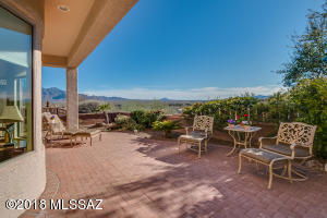 1881 W Calle Casas Lindas, Green Valley, AZ 85622
