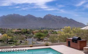 11025 N Poinsettia Drive, Tucson, AZ 85737