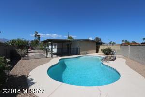 335 N Bedford Drive, Tucson, AZ 85710