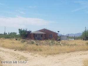 38 W Apache Way, Cochise, AZ 85606