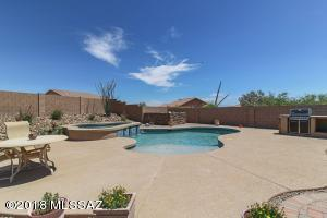 1590 N Via Arizpe, Green Valley, AZ 85614