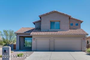 13733 N Carlynn Cliff Drive, Oro Valley, AZ 85755