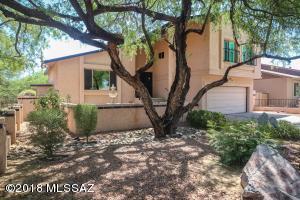2740 Dos Mujeres Avenue, Tucson, AZ 85715