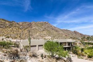 4215 E La Paloma Drive, Tucson, AZ 85718