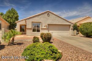 298 W Continental Vista Place, Green Valley, AZ 85614