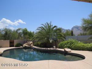 10756 N Pomegranate Drive, Oro Valley, AZ 85737