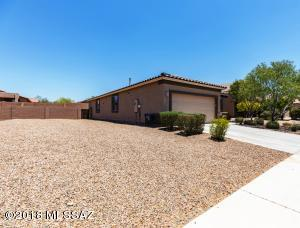 13920 N Swift Spear Drive, Marana, AZ 85658