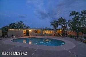9301 E Kayenta Drive, Tucson, AZ 85749