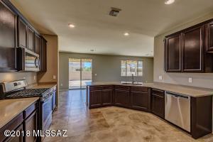 9566 S Trapper Ridge Drive, Tucson, AZ 85747