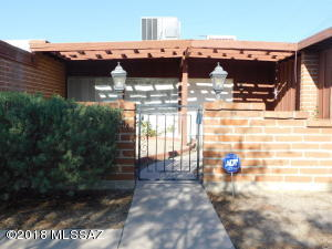 1230 N Camino Seco, Tucson, AZ 85715