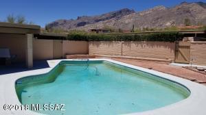 6060 N Camino Almonte, Tucson, AZ 85718