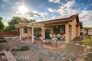 879 W Welcome Way, Green Valley, AZ 85614