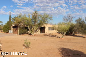 15955 W Killarney Avenue, Tucson, AZ 85736