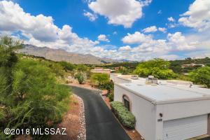 5360 N Apache Hills Trail, Tucson, AZ 85750