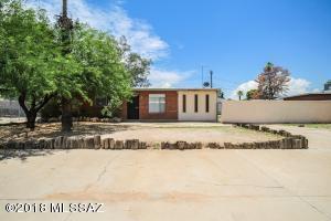 6426 E Calle Herculo, Tucson, AZ 85710