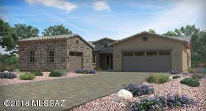 6725 W Red Hawk Place, Marana, AZ 85658