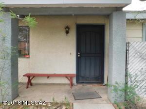 212 W Melridge Street, Tucson, AZ 85706