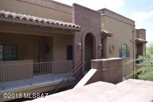 2016 E River Road, 204, Tucson, AZ 85718