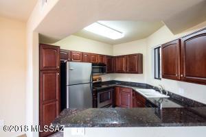 2550 E River Road, 16203, Tucson, AZ 85718
