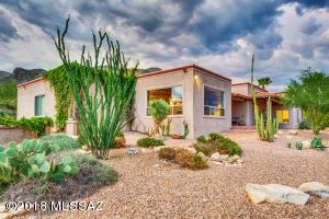 7680 N Calle Sin Controversia, Tucson, AZ 85718