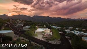 5040 N Camino De La Cumbre, Tucson, AZ 85750