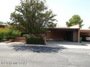 10067 N Oro Place, Oro Valley, AZ 85737