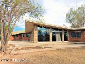 14 Amura Lane, Nogales, AZ 85621