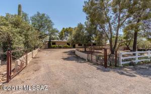 10224 E Fort Lowell Road, Tucson, AZ 85749