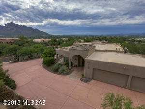 10825 N Summer Moon Place, Oro Valley, AZ 85737