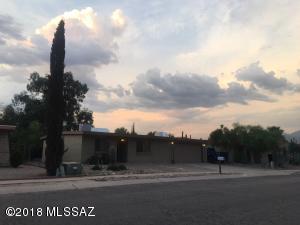 3556 W Horizon Hills Drive, Tucson, AZ 85741