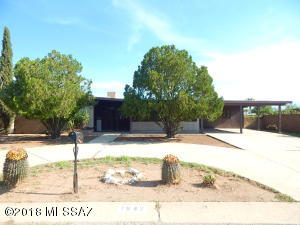 1942 W Brichta Drive, Tucson, AZ 85745