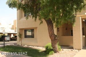 1200 E River Road, J-122, Tucson, AZ 85718