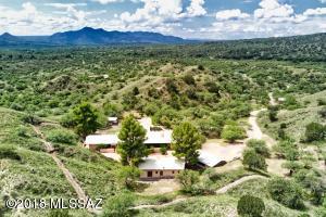 51 Tecopa Lane, Patagonia, AZ 85624