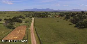 13400 E Singing Valley Road, Sonoita, AZ 85637